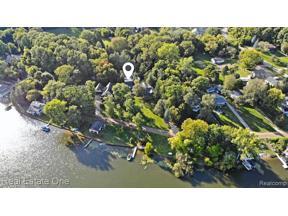 Property for sale at 11750 BIG LAKE RD, Springfield Twp,  Michigan 48350