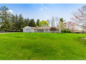 Property for sale at 38549 SOUTHFARM LN, Farmington Hills,  Michigan 48167