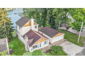 Property for sale at 16119 Knob Hill Dr, Argentine,  Michigan 48451