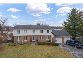Property for sale at 1859 LONG POINTE DR, Bloomfield Twp,  Michigan 48302
