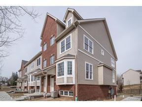 Property for sale at 585 Village LN, Milford Vlg,  Michigan 48381