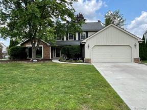 Property for sale at 34232 PEMBROKE AVE, Livonia,  Michigan 48152