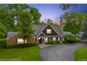 Property for sale at 1760 CEDAR HILL DR, Bloomfield Twp,  Michigan 48301