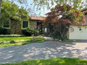 Property for sale at 2465 Malibu CRT, Fenton,  Michigan 48430