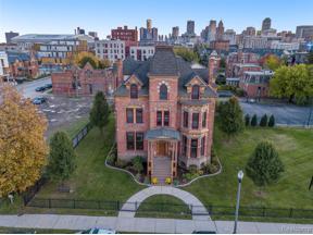Property for sale at 104 Edmund PLC 4 4, Detroit,  Michigan 48201