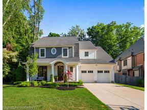 Property for sale at 680 SHEPARDBUSH ST, Birmingham,  Michigan 48009