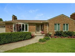 Property for sale at 19951 W. EMORY CT., Grosse Pointe Woods,  Michigan 48236