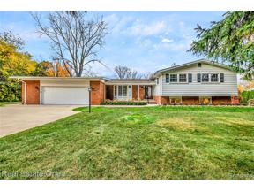 Property for sale at 3861 N ADAMS RD, Bloomfield Twp,  Michigan 48304