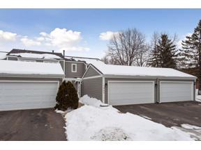 Property for sale at 1462 Eastlake Drive, Chaska,  Minnesota 55318
