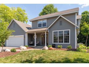 Property for sale at 2005 Black Oaks Lane N, Plymouth,  Minnesota 55447