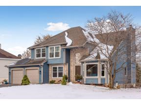 Property for sale at 6481 Bretton Way, Chanhassen,  Minnesota 5