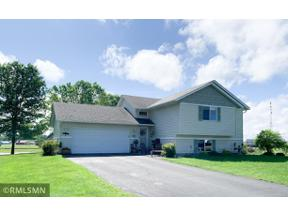 Property for sale at 557 Wood Circle, Gaylord,  Minnesota 55334