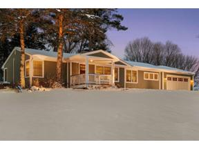 Property for sale at 2820 Tanagers Lane, Chanhassen,  Minnesota 55331