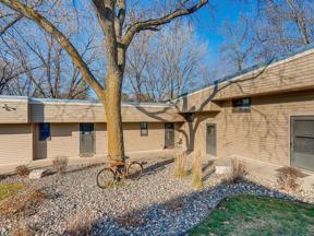 Property for sale at 110204 Village Road Unit: 4, Chaska,  Minnesota 5