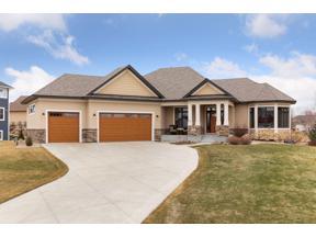 Property for sale at 1664 Fallbrooke Drive, Hastings,  Minnesota 55033