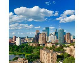 Property for sale at 410 Groveland Avenue Unit: 906, Minneapolis,  Minnesota 55403