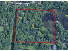 Property for sale at 935 Lakewood Hills Road, Eagan,  Minnesota 55123