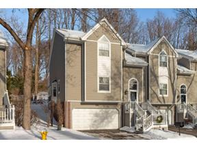 Property for sale at 121 Edgewood Court, Wayzata,  Minnesota 55391