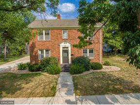 Property for sale at 115 N Cedar Street, Belle Plaine,  Minnesota 56011