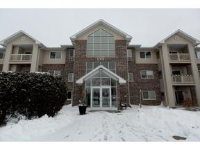 Property for sale at 1321 Lake Drive West Unit: 221, Chanhassen,  Minnesota 5