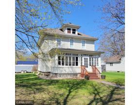 Property for sale at 604 N Carver Street, Winthrop,  Minnesota 55396
