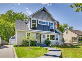 Property for sale at 26 Upton Avenue S, Minneapolis,  Minnesota 55405