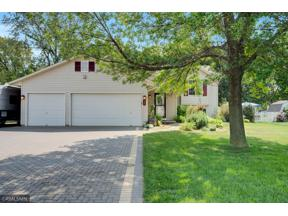 Property for sale at 983 Lacy Court, Belle Plaine,  Minnesota 56011