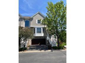Property for sale at 950 Fairfield Court, Minnetonka,  Minnesota 55305