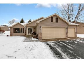 Property for sale at 1105 Garden Brook Drive, Sauk Rapids,  Minnesota 56379