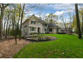 Property for sale at 17587 Burl Oak Court, Eden Prairie,  Minnesota 55347