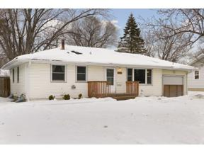 Property for sale at 1009 Parallel Street, Chaska,  Minnesota 55318