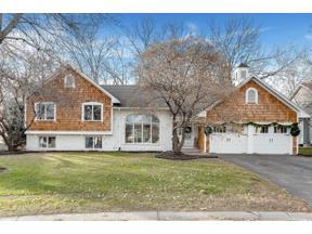 Property for sale at 1870 Park Ridge Drive, Chaska,  Minnesota 55318