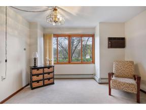 Property for sale at 4400 36th Avenue N Unit: 251, Robbinsdale,  Minnesota 55422