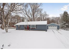 Property for sale at 5013 Beacon Hill Road, Minnetonka,  Minnesota 55345