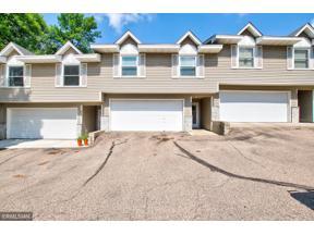 Property for sale at 960 Edgewood Drive, Chaska,  Minnesota 55318