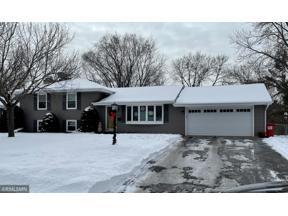 Property for sale at 8653 Poplar Bridge Curve, Bloomington,  Minnesota 55437