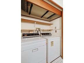 Property for sale at 10441 Greenbrier Road Unit: 221, Minnetonka,  Minnesota 55305