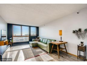 Property for sale at 433 S 7th Street Unit: 1812, Minneapolis,  Minnesota 55415