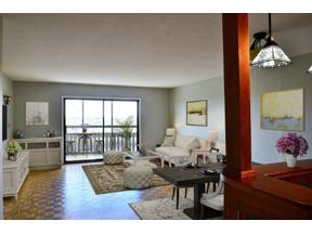 Property for sale at 400 Groveland Avenue Unit: 1408, Minneapolis,  Minnesota 55403