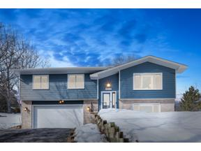 Property for sale at 1312 Parkview Court, Chaska,  Minnesota 55318