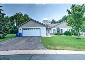 Property for sale at 202 Bluff Drive, Somerset,  Wisconsin 54025