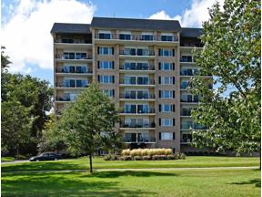 Property for sale at 3200 W Bde Maka Ska Parkway Unit: 202, Minneapolis,  Minnesota 55416