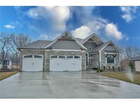 Property for sale at 3 Buffalo Ridge Drive, Lake Winnebago,  Missouri 64034