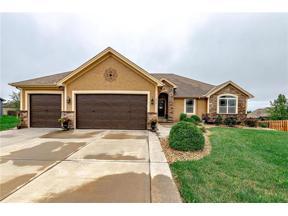 Property for sale at 804 SW Elizabeth Street, Blue Springs,  Missouri 64015