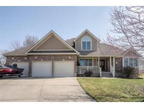 Property for sale at 221 Chippewa Lane, Lake Winnebago,  Missouri 64034