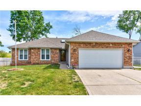 Property for sale at 201 SE 25th Street, Oak Grove,  Missouri 64075