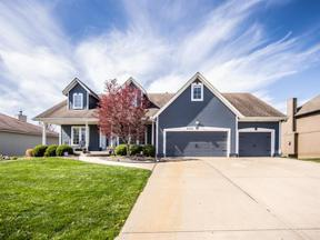 Property for sale at 4520 SW Gull Point Drive, Lee'S Summit,  Missouri 64082
