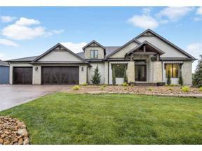 Property for sale at 404 Southshore Drive, Lake Winnebago,  Missouri 64034