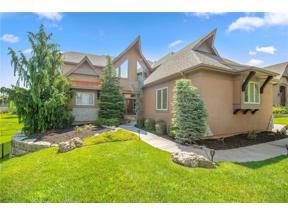 Property for sale at 1709 NE Woodland Shores Court, Lee's Summit,  Missouri 64086