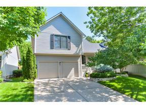 Property for sale at 700 NE Burning Tree Street, Lee'S Summit,  Missouri 64064